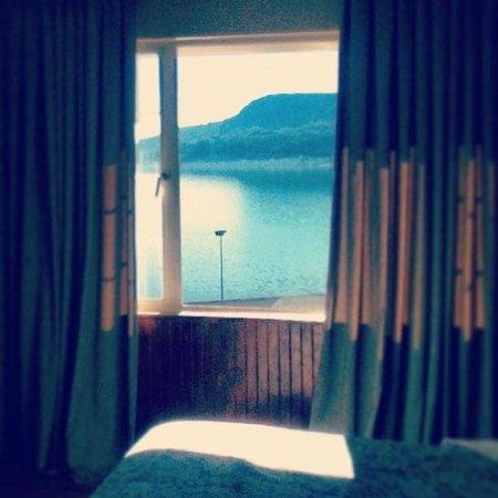 Gran Hotel Pucon: Vista para a praia em quarto dos fundos.