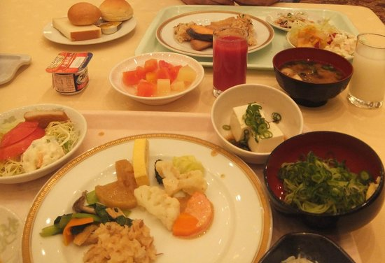 The Crown Plalace Hotel New Hankyu Kochi: 朝食