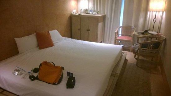 Mercure Samui Chaweng Tana Hotel: Prison cell