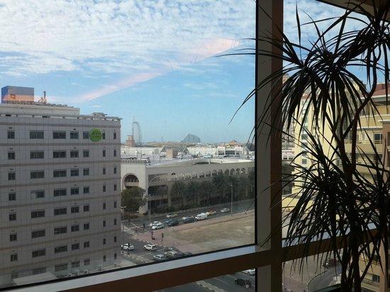 Citymax Al Barsha : View from the corridors