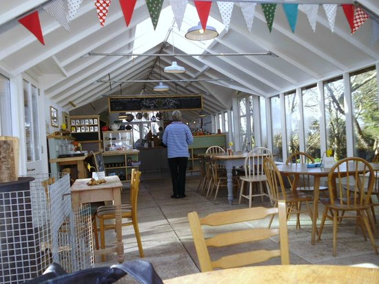 Potager Garden & Glasshouse Cafe: Comfortable interior
