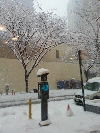 Econo Lodge Times Square: Una mañana fria