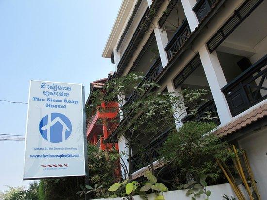 The Siem Reap Hostel: Facade