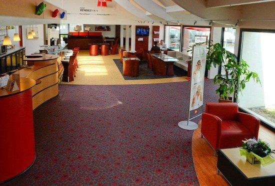 Ibis Rouen Parc des Expos Zenith : Hall