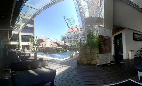 Grand Mega Resort & Spa : 12pm, last day.