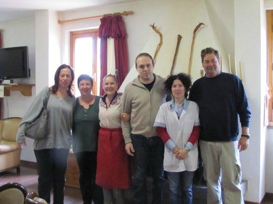 Hotel del Lago : Group photo. April 2012