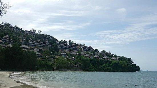 The Westin Siray Bay Resort & Spa Phuket: アンダマン海に面していないので覚悟はしていましたが、海は入れたモノじゃありません。あくまでも観賞用。