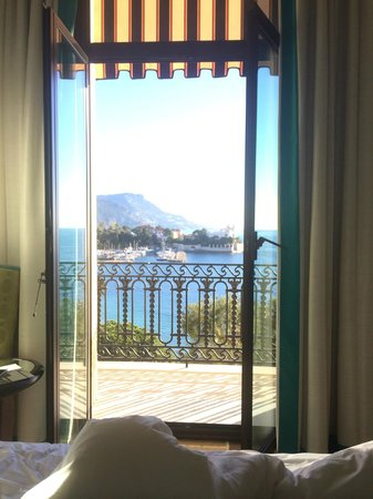 Hotel Royal-Riviera: view from our bed