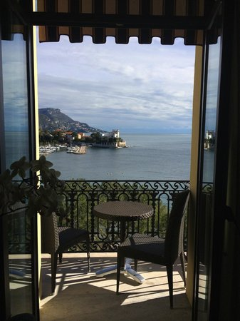 Hotel Royal-Riviera: the balcony