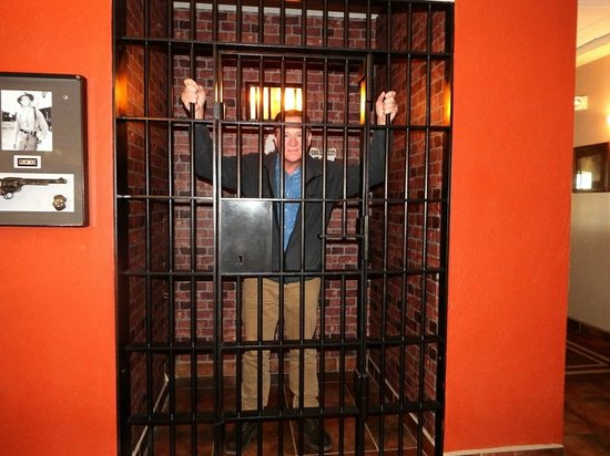 Best Western Plus Country Inn & Suites: The Dodge City jail in the lobby