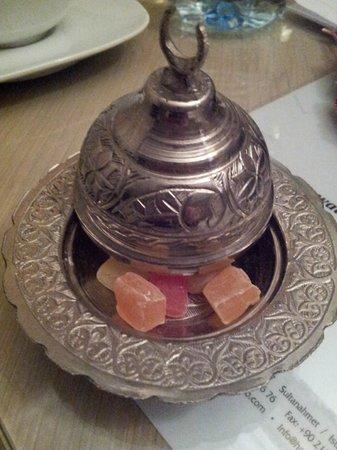 Seraglio Hotel and Suites: Detalle de delicias turcas