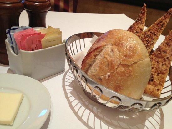 Brio Tuscan Grill : Bread