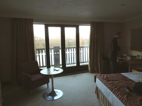 The Reading Lake Hotel: Room 202