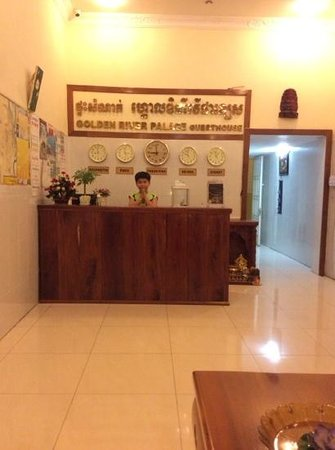 Golden River Palace Guesthouse: Reception Desk :)