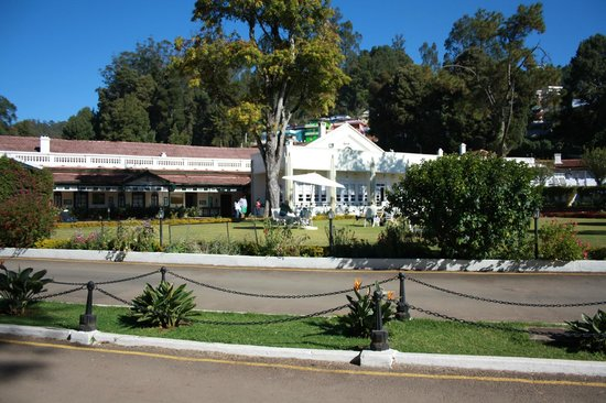 Taj Savoy Hotel, Ooty : Hotel and Ground