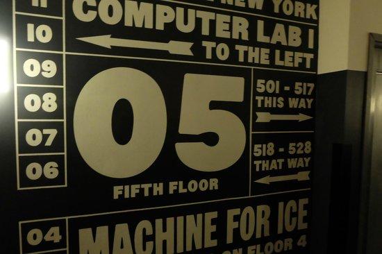 Ace Hotel New York: Couloir