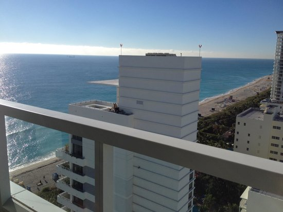 Fontainebleau Miami Beach: View from our room in the Sorrento Tower.