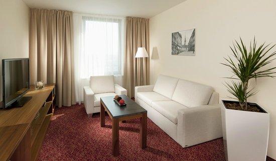 Clarion Congress Hotel Olomouc: Suite living room
