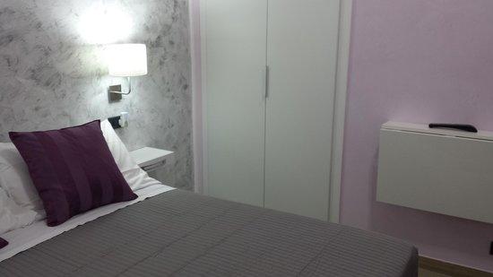 Casa di Silvia Bed&Breakfast: interno stanza