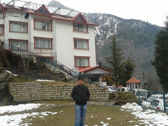 Apple Country Resort: The Apple Countr y Resort Manali