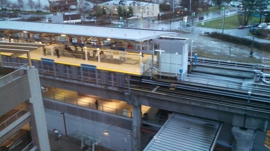 River Rock Casino Resort : Sky train station right next to hotel