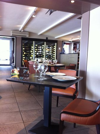 Restaurant Bar Beau Rivage : Joli décor