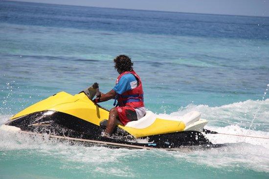 Maafushi Dive & Water Sports: Maafushi Water Sports