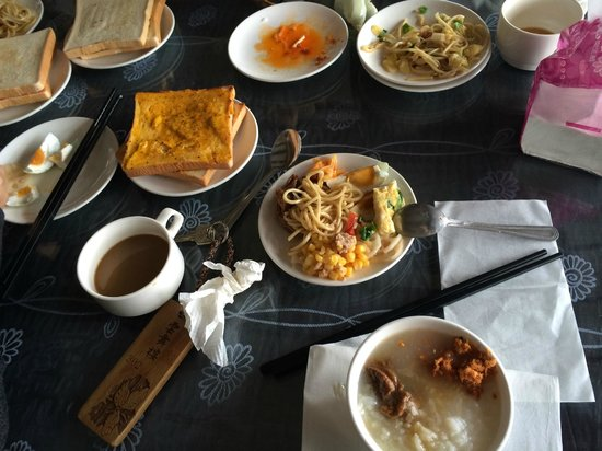 Yunwulou B&B: breakfast provided