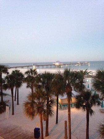 Hilton Clearwater Beach Resort & Spa: 7 am clearwater beach