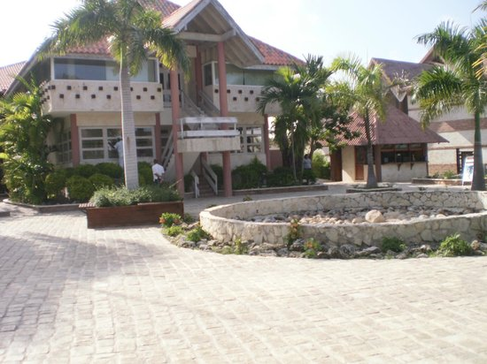Vista del hotel picture of ifa villas bavaro resort for Villas bavaro