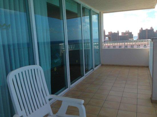 Hotel Riu Palace Paradise Island: Balcony