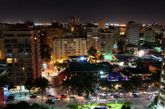 San Juan Marriott Resort & Stellaris Casino: nice view from our room at night