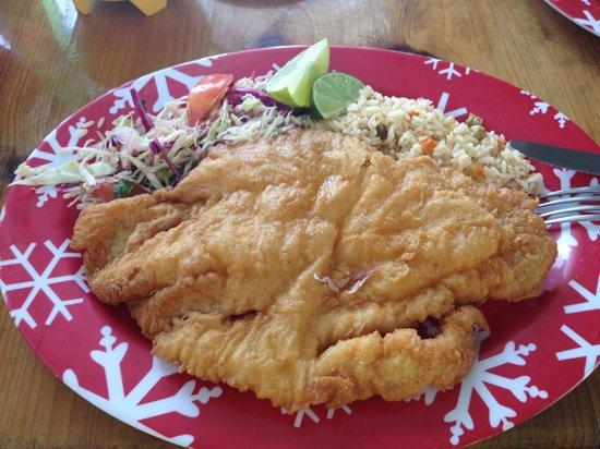 Pescaderia San Carlos: Awesome crispy fried fish!!