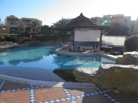 Steigenberger Coraya Beach: Swim up bar