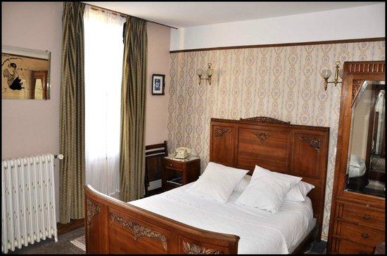 Chambre hercule poirot photo de detective hotel etretat tripadvisor - Detective hotel etretat ...