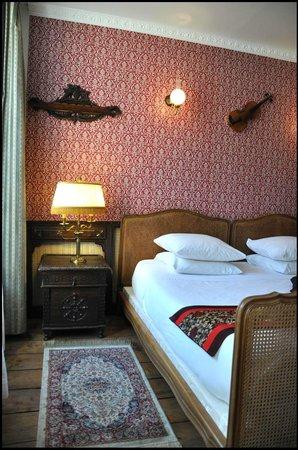 Chambre sherlock holmes photo de detective hotel etretat tripadvisor - Detective hotel etretat ...
