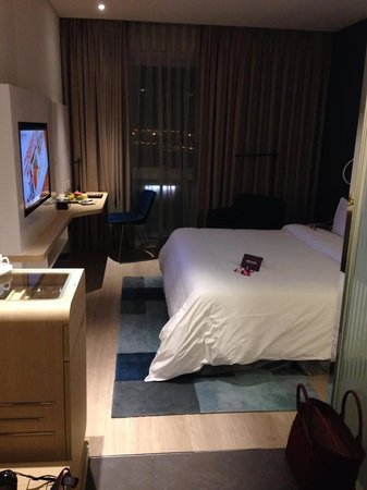Liberty Central Saigon Riverside Hotel : Fruit Bowl upon arrival