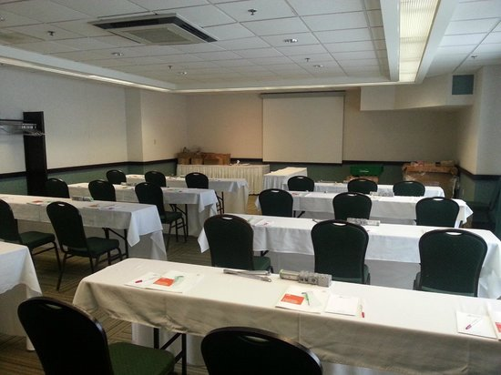 Ramada Plaza Dartmouth Park Place : Mosher room
