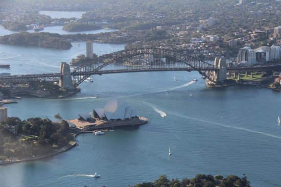 Blue Sky Helicopters: Sydney Harbor Bridge and the Opera House