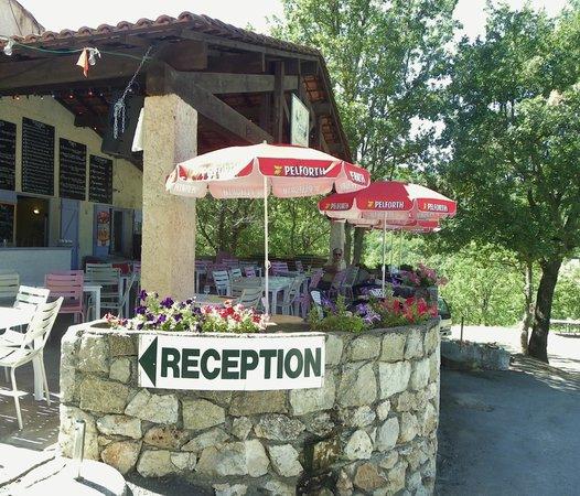 Camping Le Clos de Barbey : RECEPTION