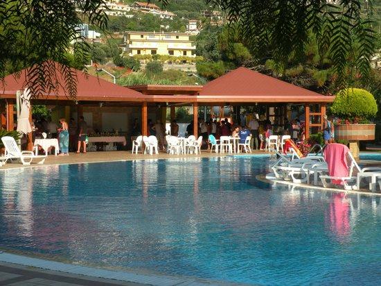 Hotel Delle Canne: angolo piscina