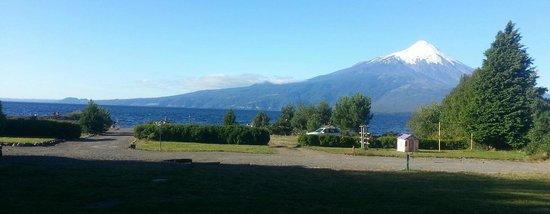 Cabanas y Piscina Rucamalen : Este es el paisaje que veiamos desde la cabaña