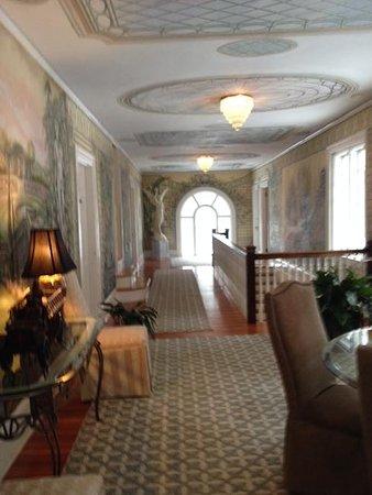 Clark House on Hayden Lake: The hallway upstairs
