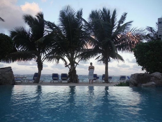 Wyndham Reef Resort: A peaceful morning at The Reef