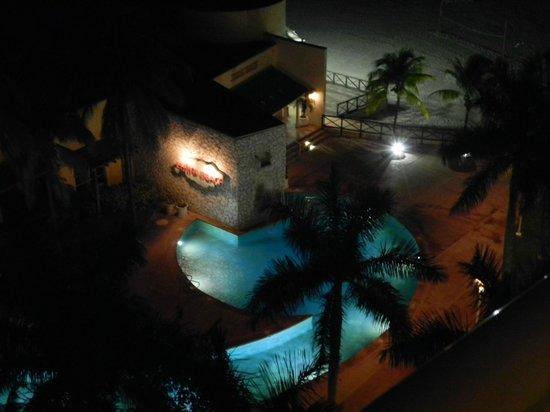 Grand Lucayan, Bahamas: View at night