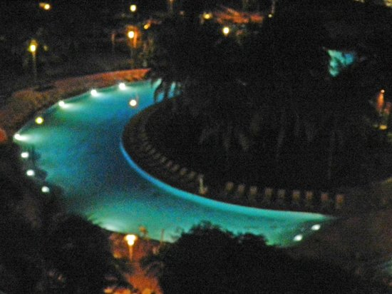 Grand Lucayan, Bahamas: Nice view of great pool