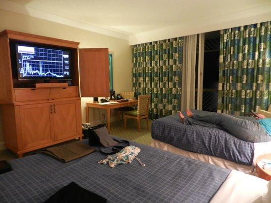 Grand Lucayan, Bahamas: Very nice room.