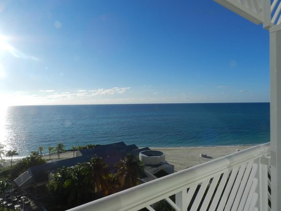 Grand Lucayan, Bahamas : Our view from room everyday WOW