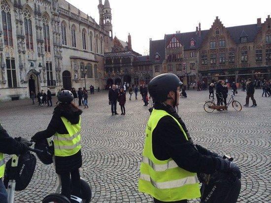 Segway Bruges: Brugges Square
