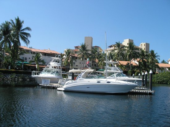 Barcelo Ixtapa: Vue sur la marina de Ixtapa